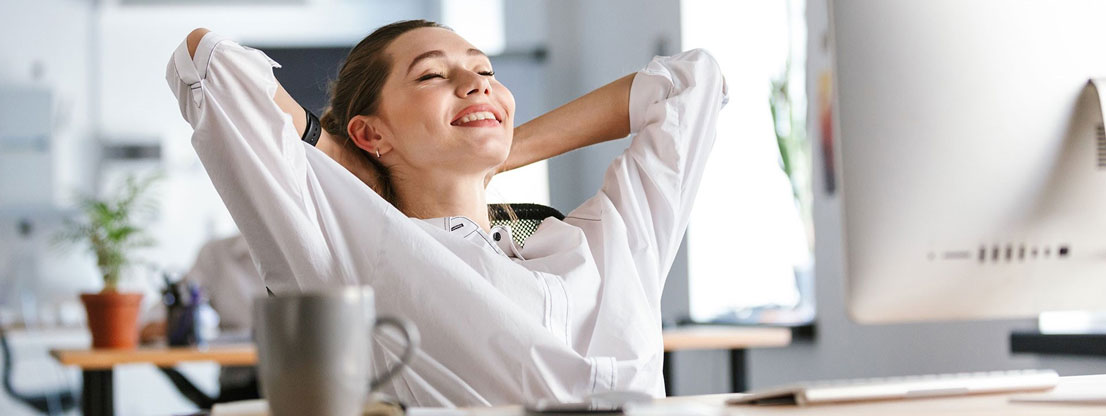 Woman relaxed, no stress at work