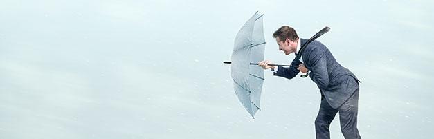 Mann mit Regenschirm, Resilienz